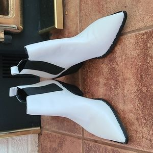 Charles white leather heel boot